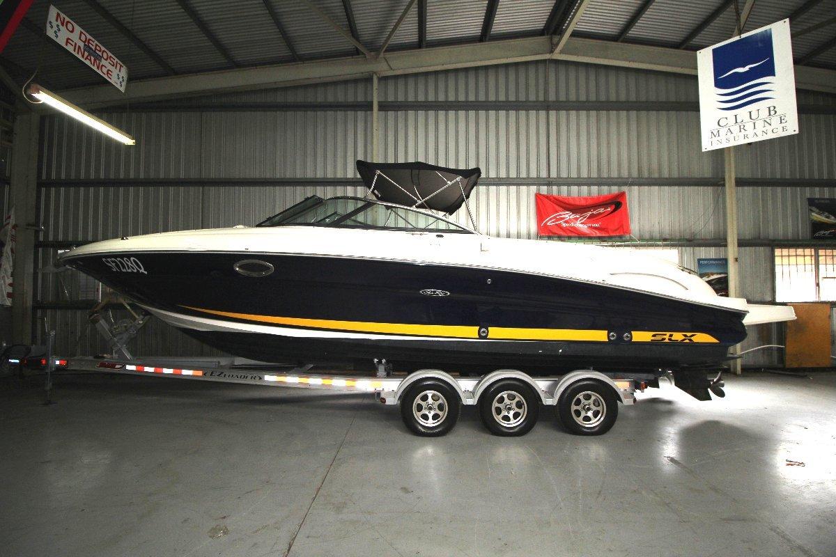 Sea Ray 300 SLX Bowrider