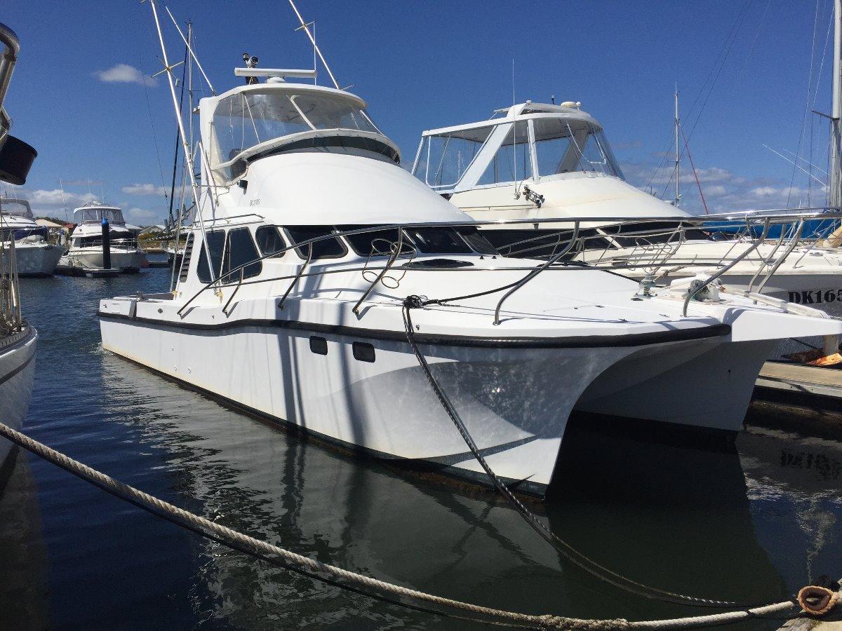 Manta 40 Power Catamaran fibreglass 2001 Twin 500 hp Cats