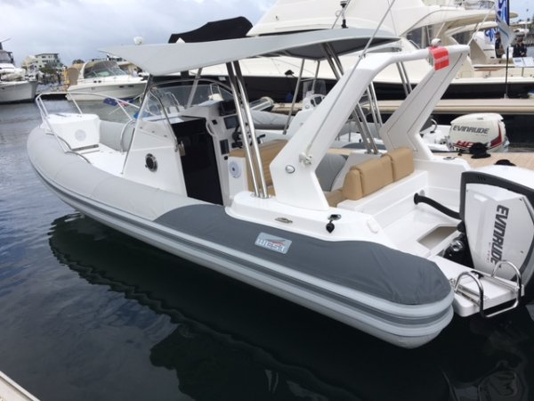 West Ribs 850 Cabin Inflatable Rib