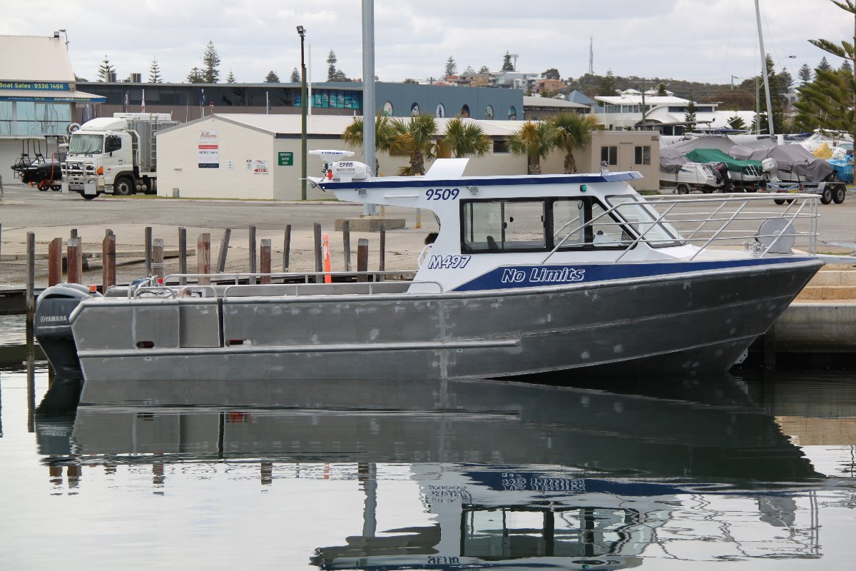 Saltwater Commercial Boats 10.5 Hardtop SALTWATER COMMERCIAL WORKBOATS