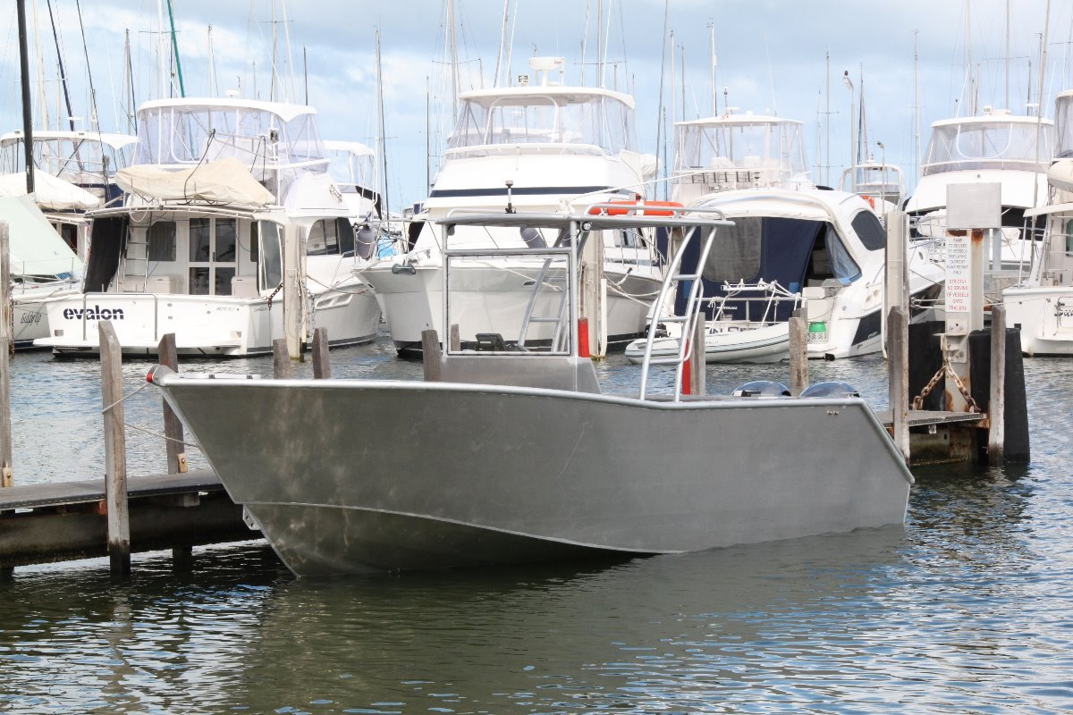 Saltwater Commercial Boats 6.5 Centre Console