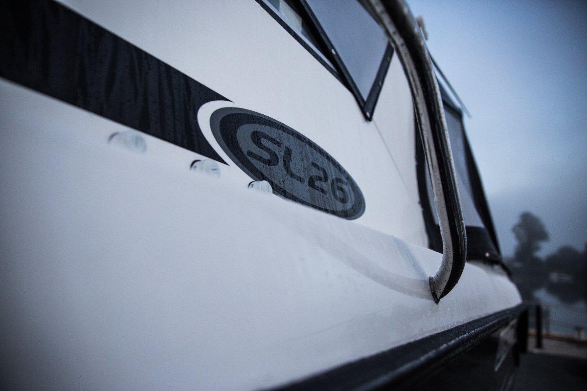 Whittley SL 26 SD + Volvo V6-200-G 200hp Sterndrive