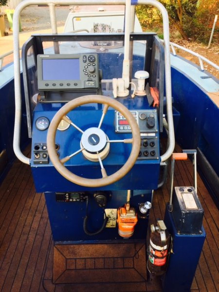 Alucraft Centre Console Jet Boat mono hull centre console