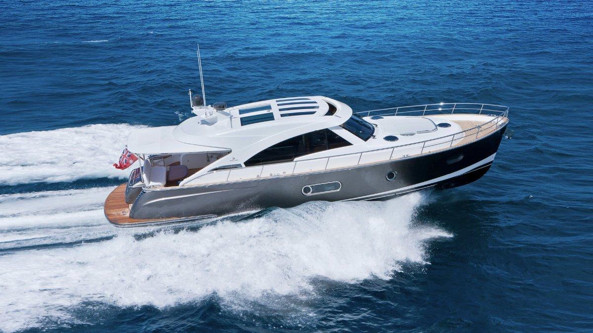 Belize 54 Sedan:Blue-water Hull Design