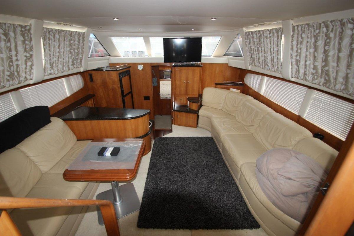 Carver 396 Aft Cabin Motor Yacht