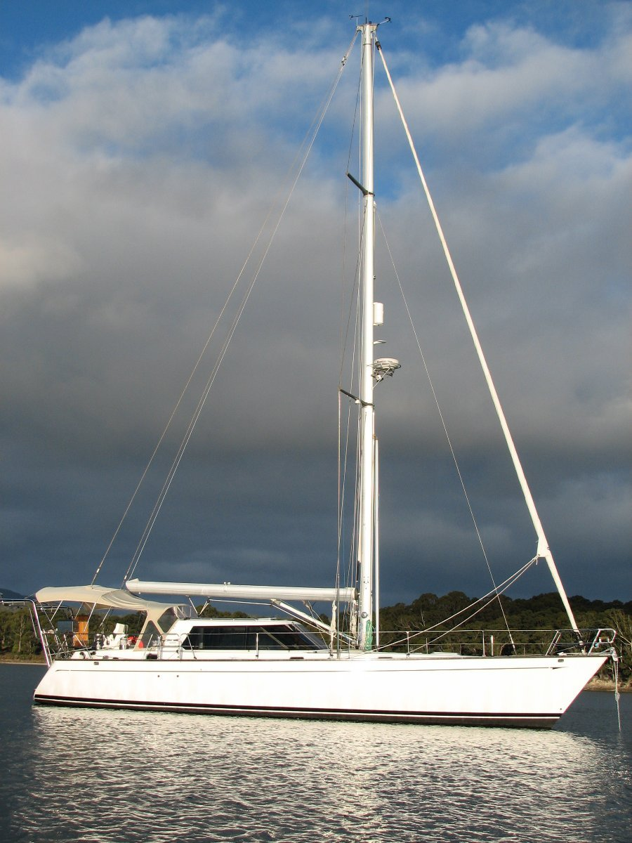Buizen 48 Pilothouse Series 3 - Delivered 2009