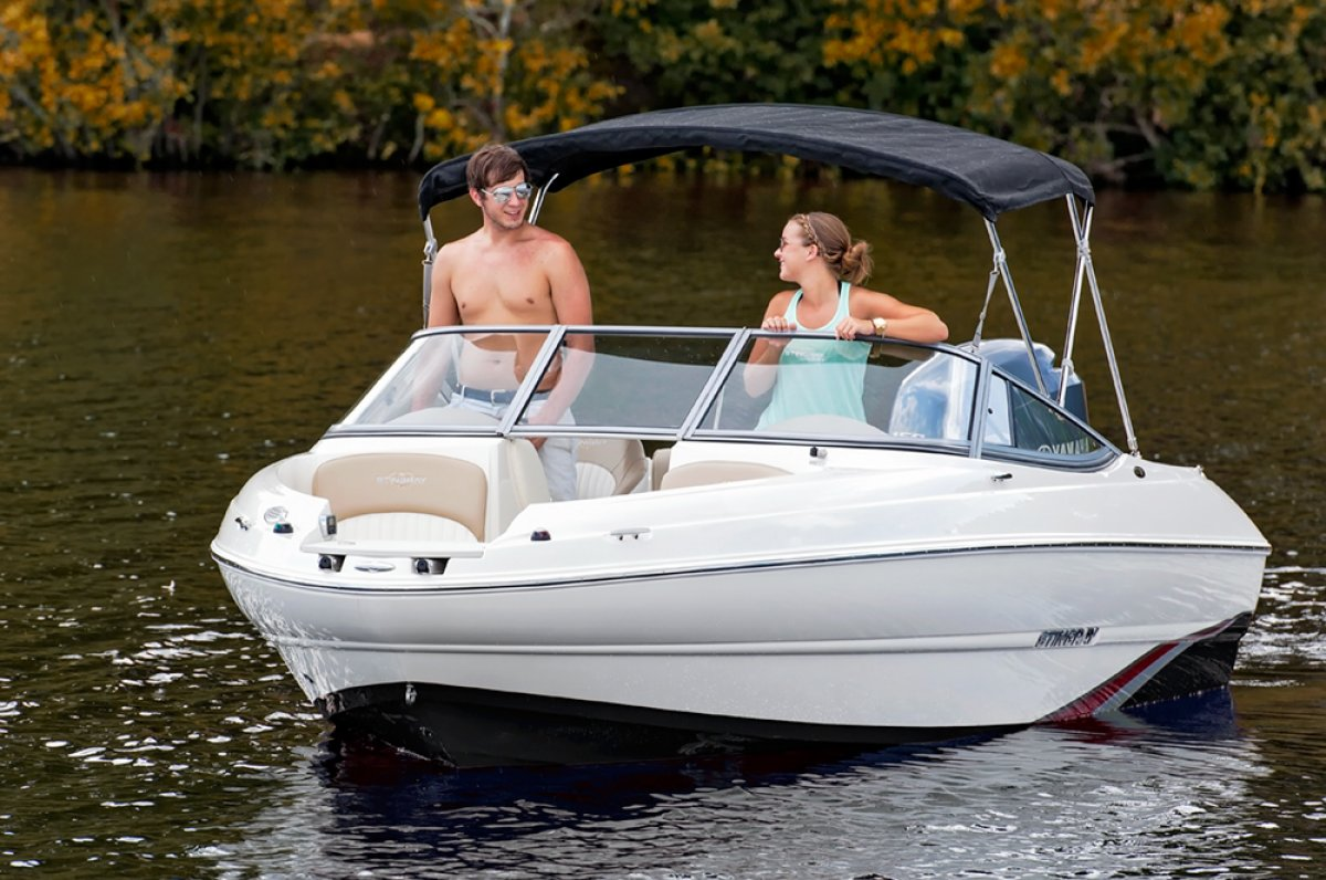 Stingray 204LR Sport Deck