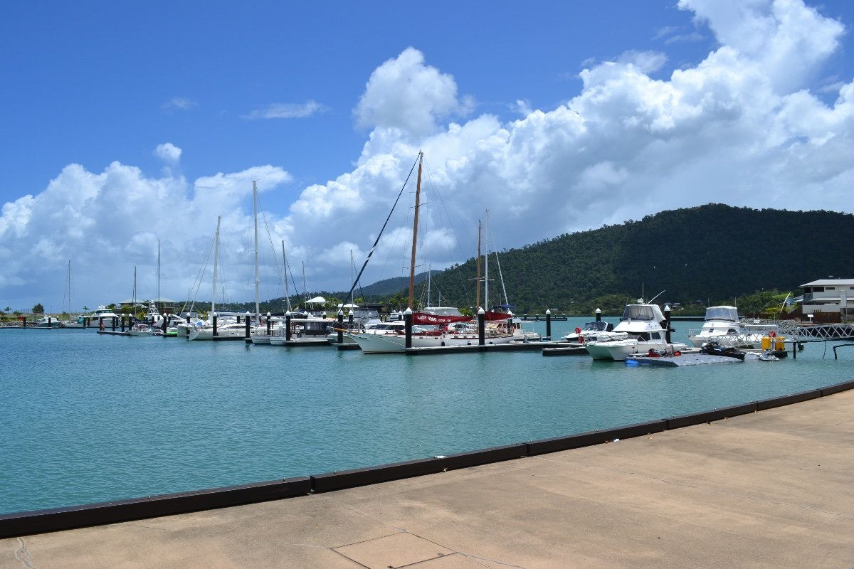 PORT OF AIRLIE F32 MARINA BERTH 24M
