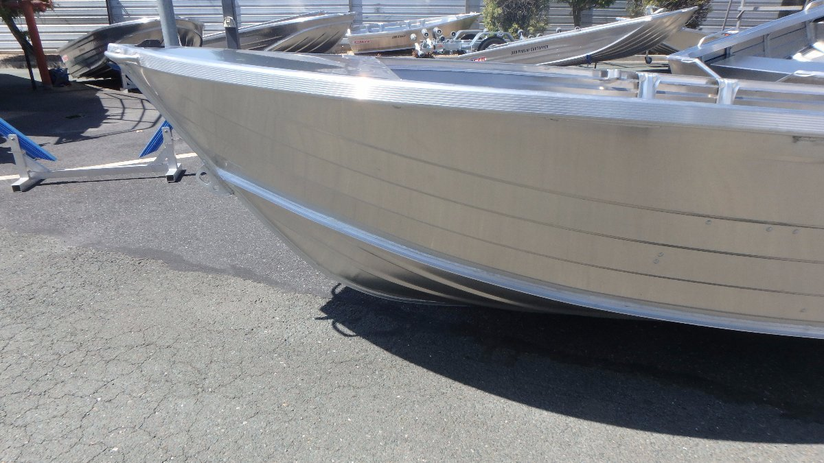 Stacer 399 Seasprite Hull Only