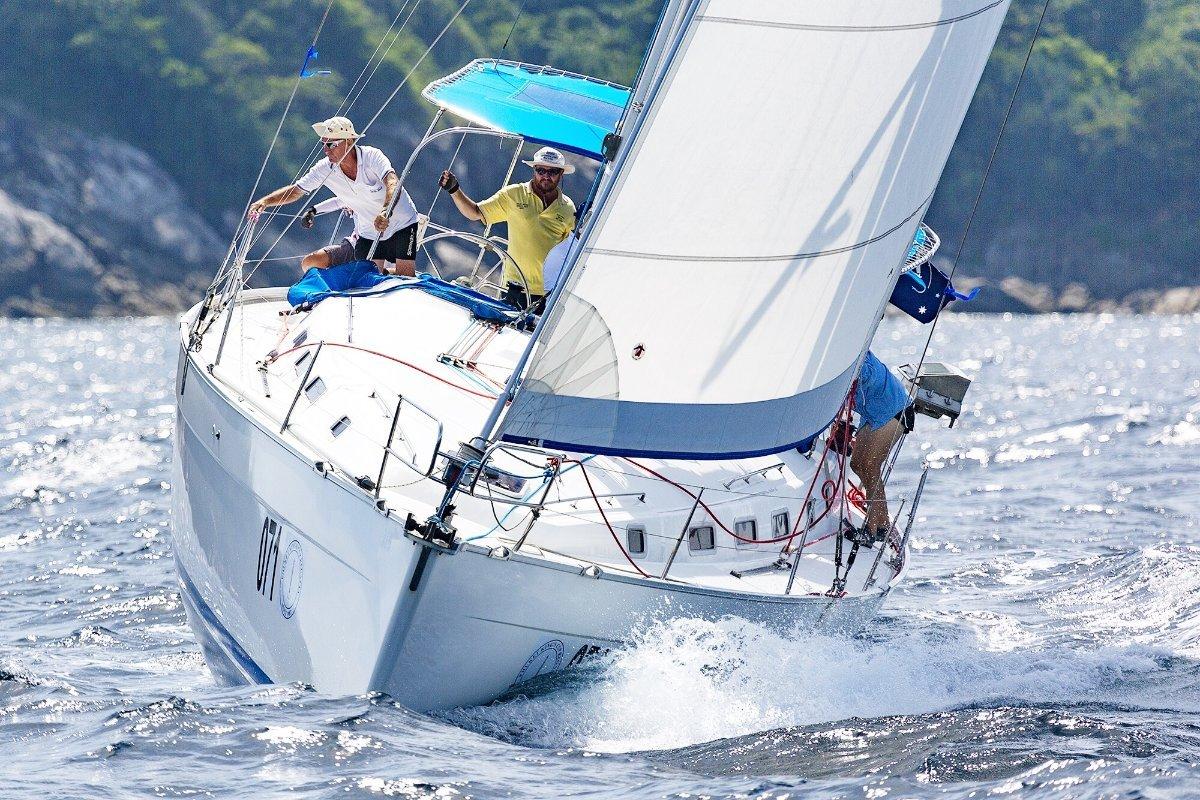 Beneteau Cyclades 43.3 2007 model:Sailing 2