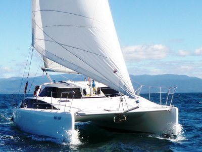 Lightwave L35 Catamaran