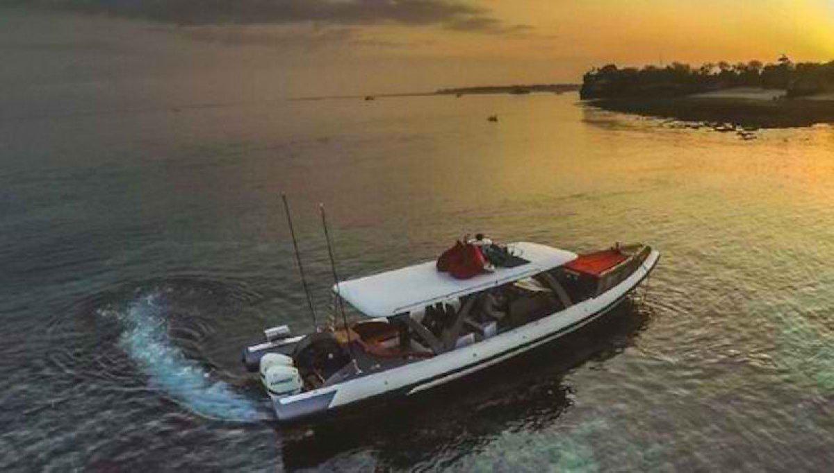 Custom built day cruiser or charter RIB