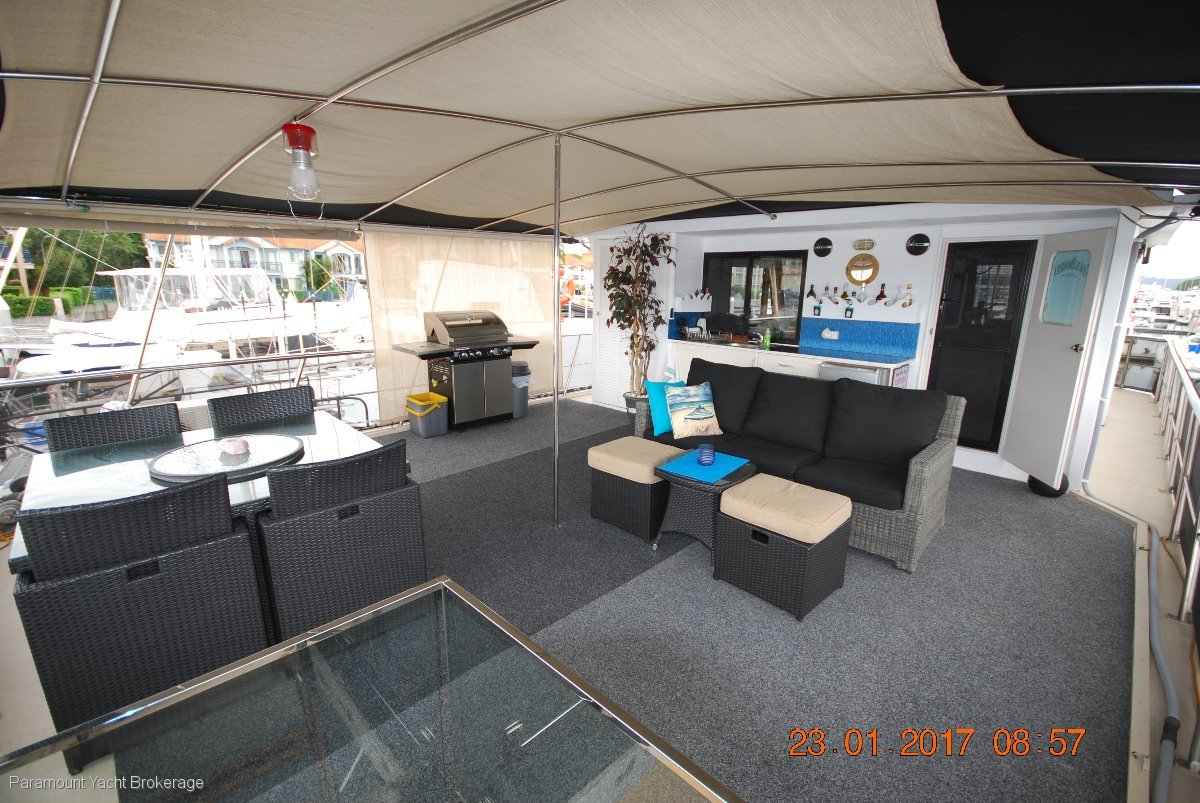 Bruce Harris Houseboat Custom