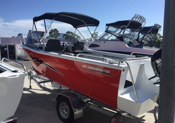 Aquamaster 490 Runabout