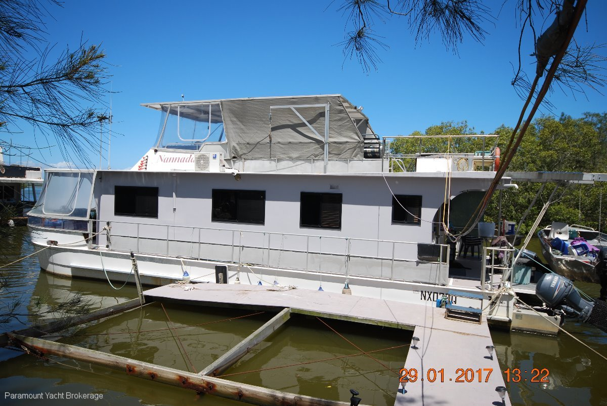Eagle GREAT POTENTIAL Large volume house boat