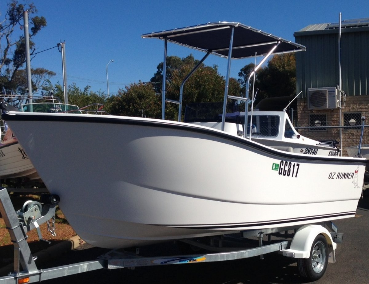 Oz Runner 450 Centre Console - Built in WA - New Boat Package