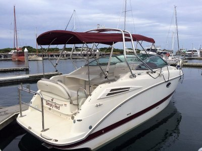 Maxum 2600 SE Sports Cruiser With Bow Thruster