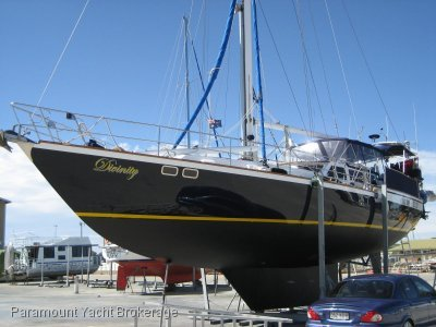 55' Steel sloop by renowned builder Allan Ellis
