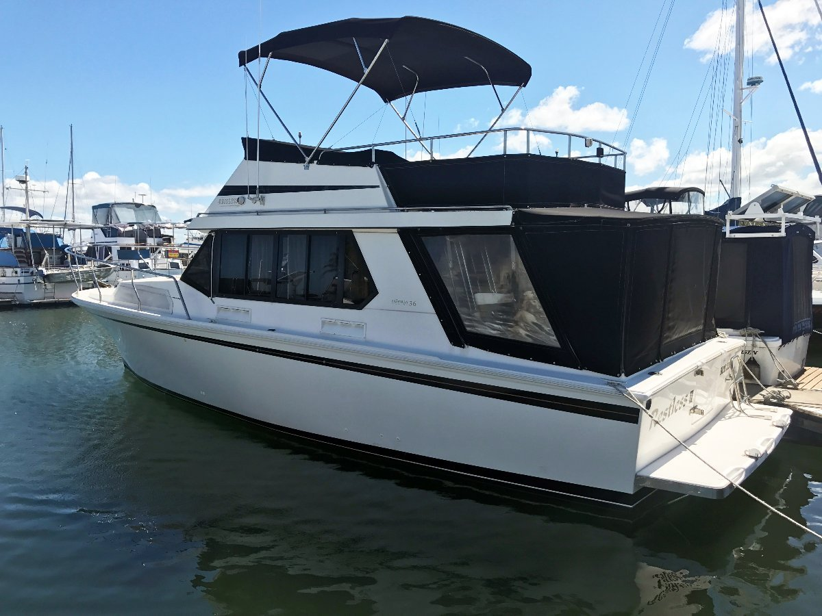 Fairway 36 Flybridge Cruiser - Beautifully Cared For