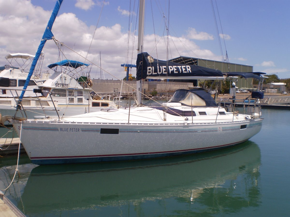 Beneteau Oceanis 35 Owner wants it sold is looking for offers