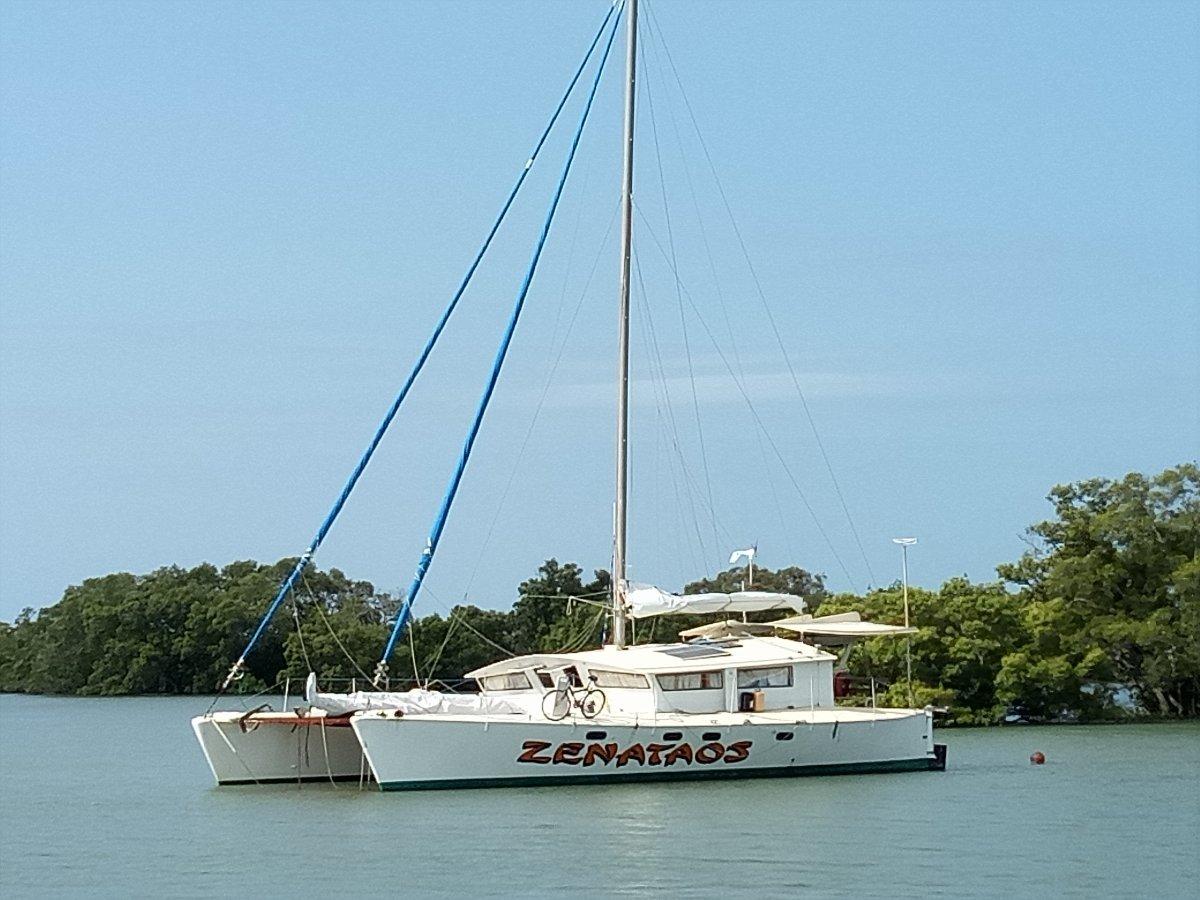 Hitchiker 15 15 metre custom Hitchiker:Zenataos at anchor