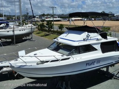 Leeder 28 Flybridge Cruiser