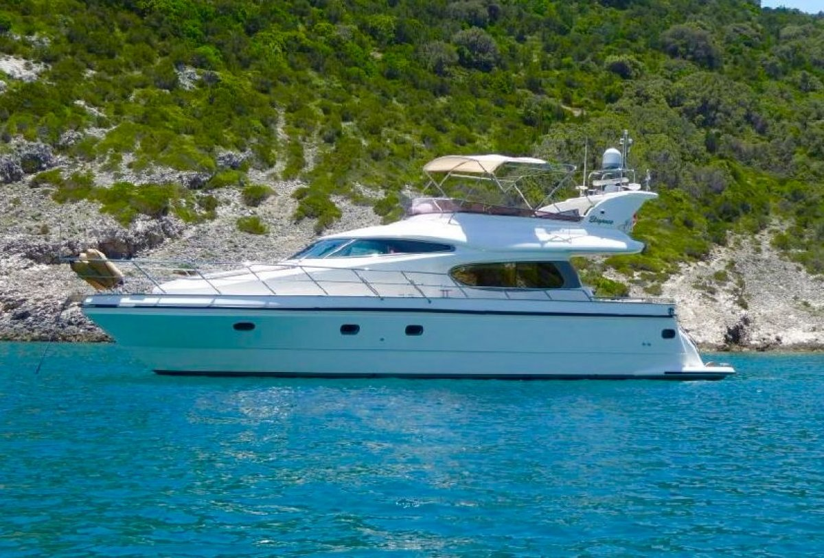 Horizon Yacht Elegance 54