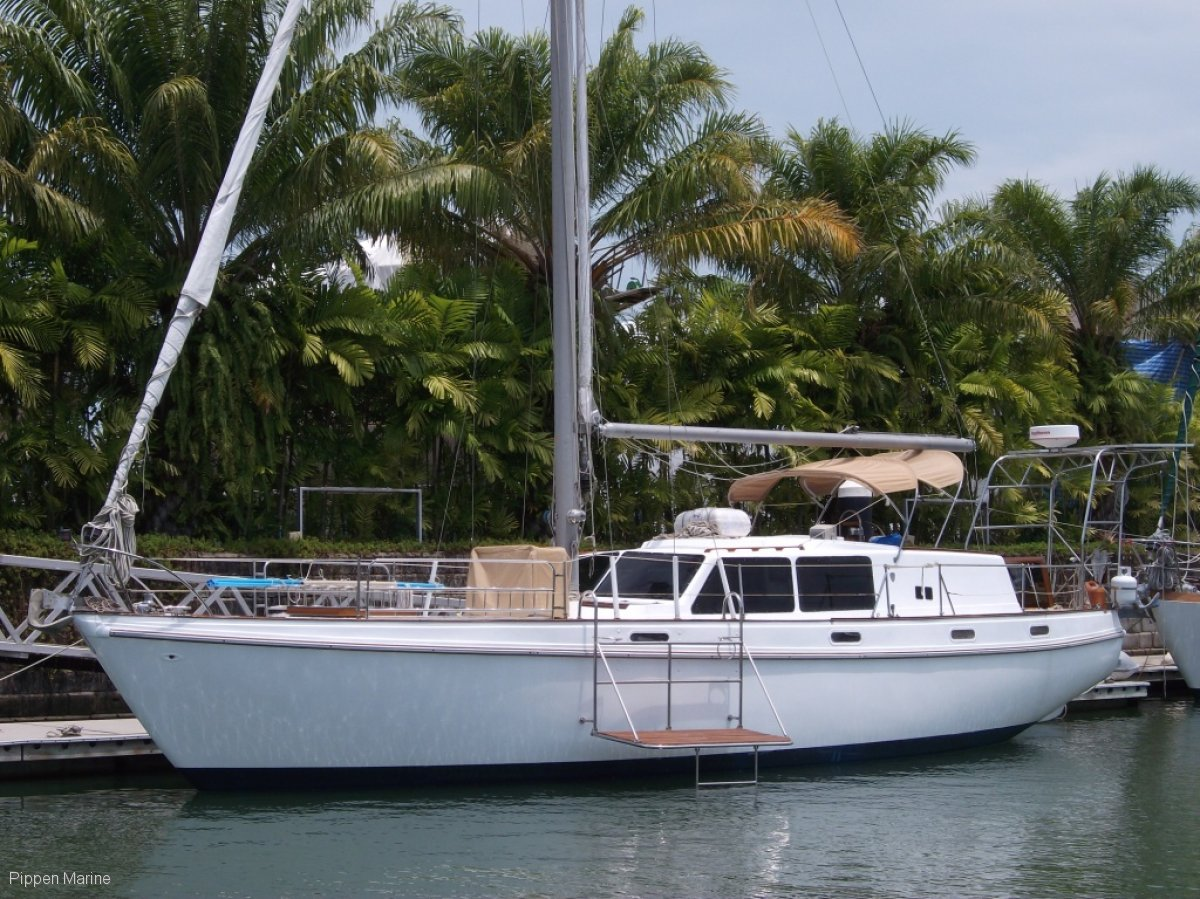Columbia 45 Sloop Deep Draft:Columbia 45