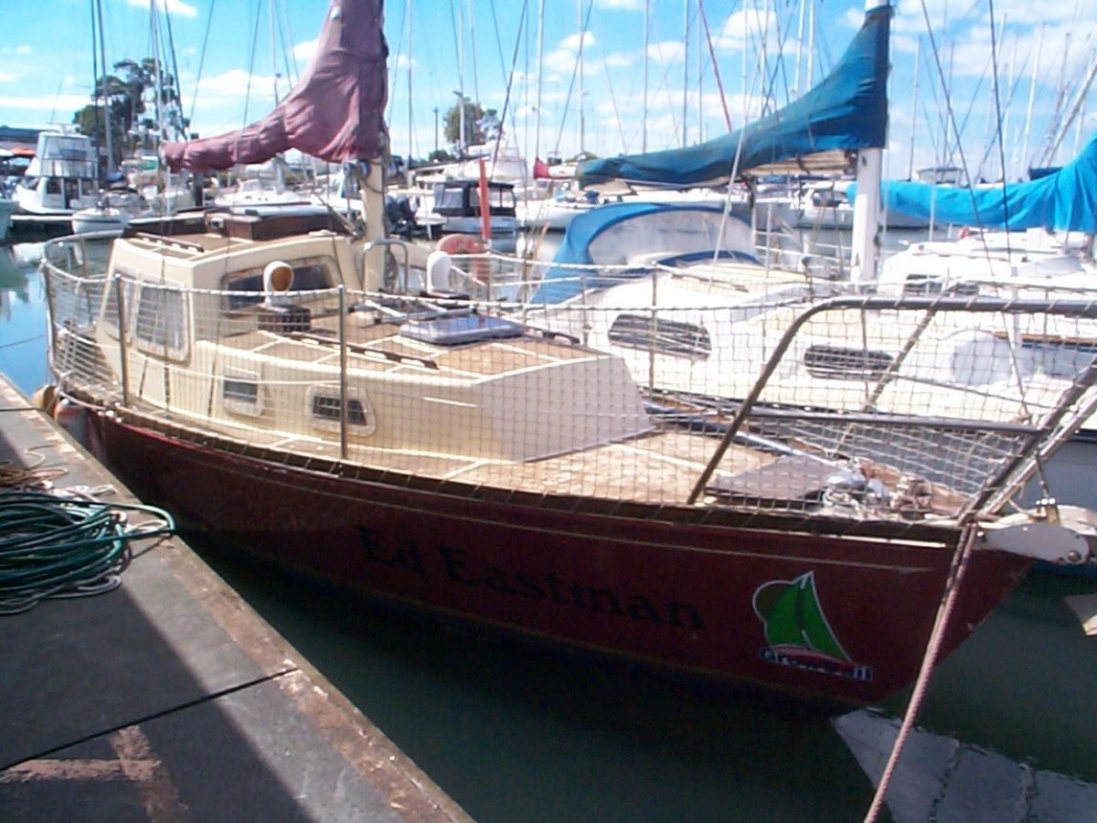 Boden Steel Cruiser Flamingo 26:Out of water