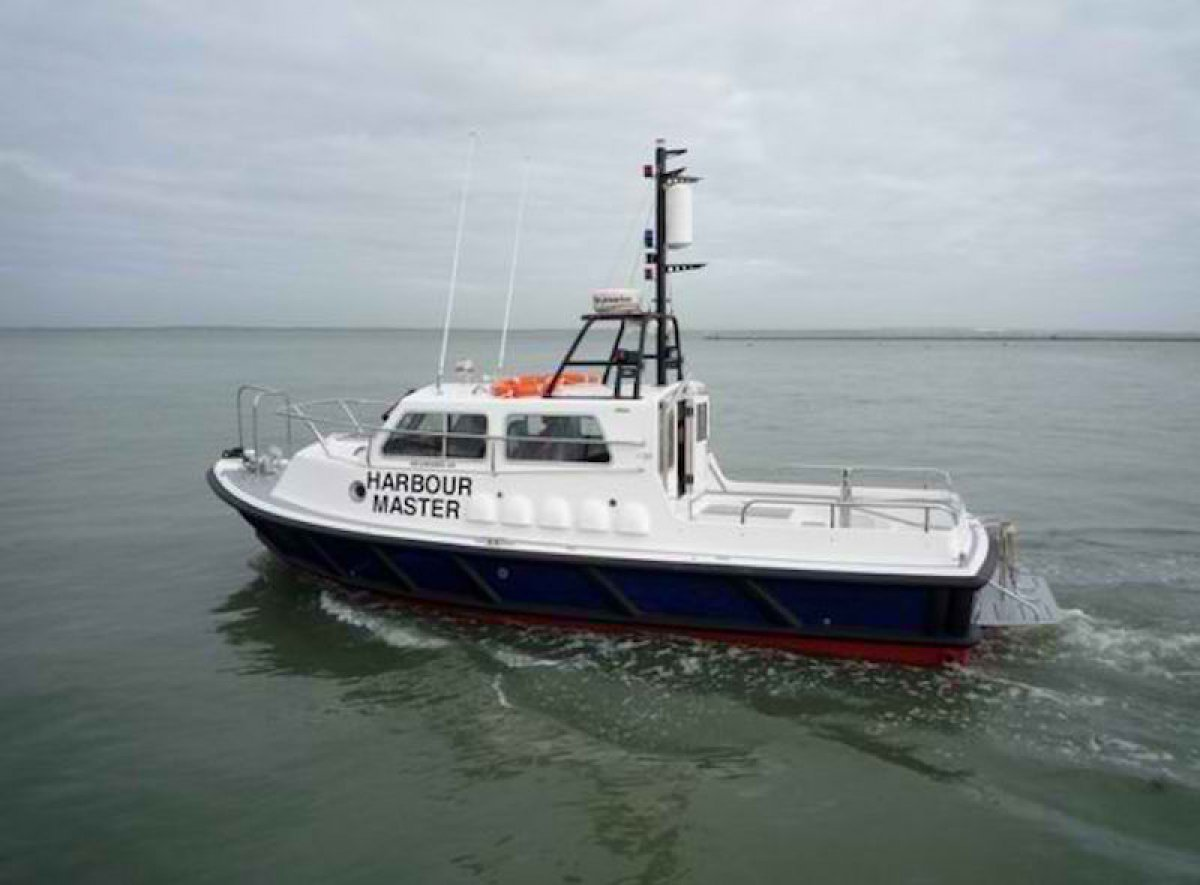how to become a harbour pilot