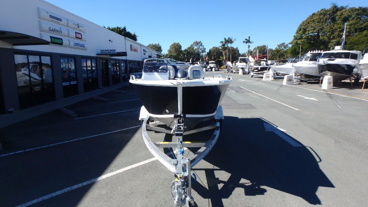 Stacer 469 Outlaw Side Console + Yamaha F70LA 70hp Four Stroke Outboard