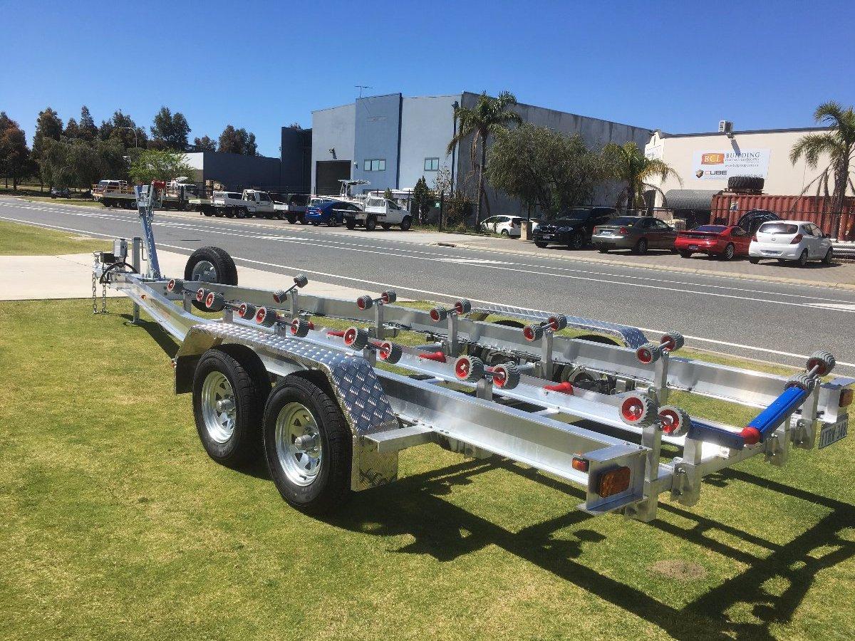 Boat Trailer Axles : Tandem axle aluminium boat trailer with wobble roller set