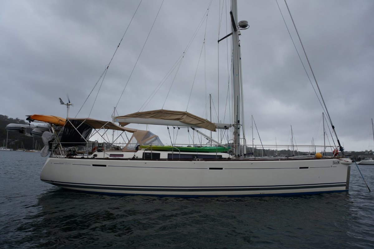 Dufour Grand Large 525