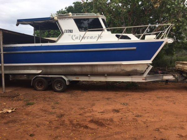 Lazzara Yachts Custom