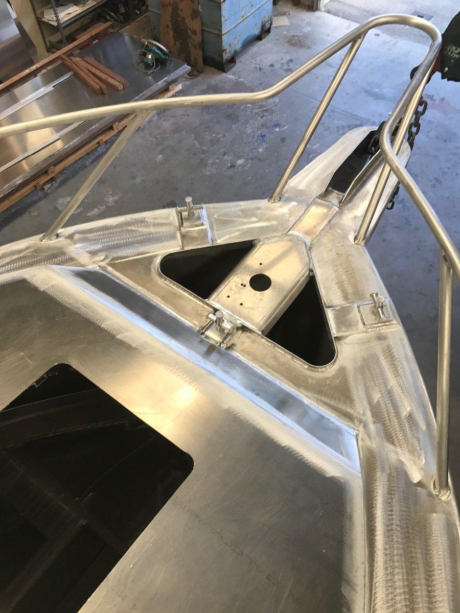 Preston Craft 7.85 Thunderbolt Hard Top