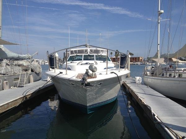 Sea Ray 460 Express Cruiser