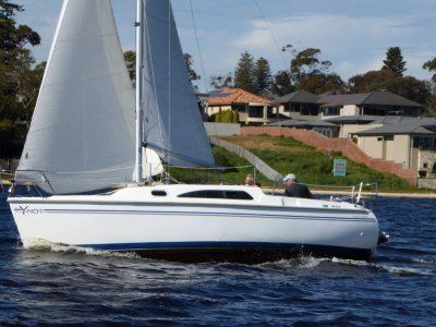 Catalina 250- Click for more info...