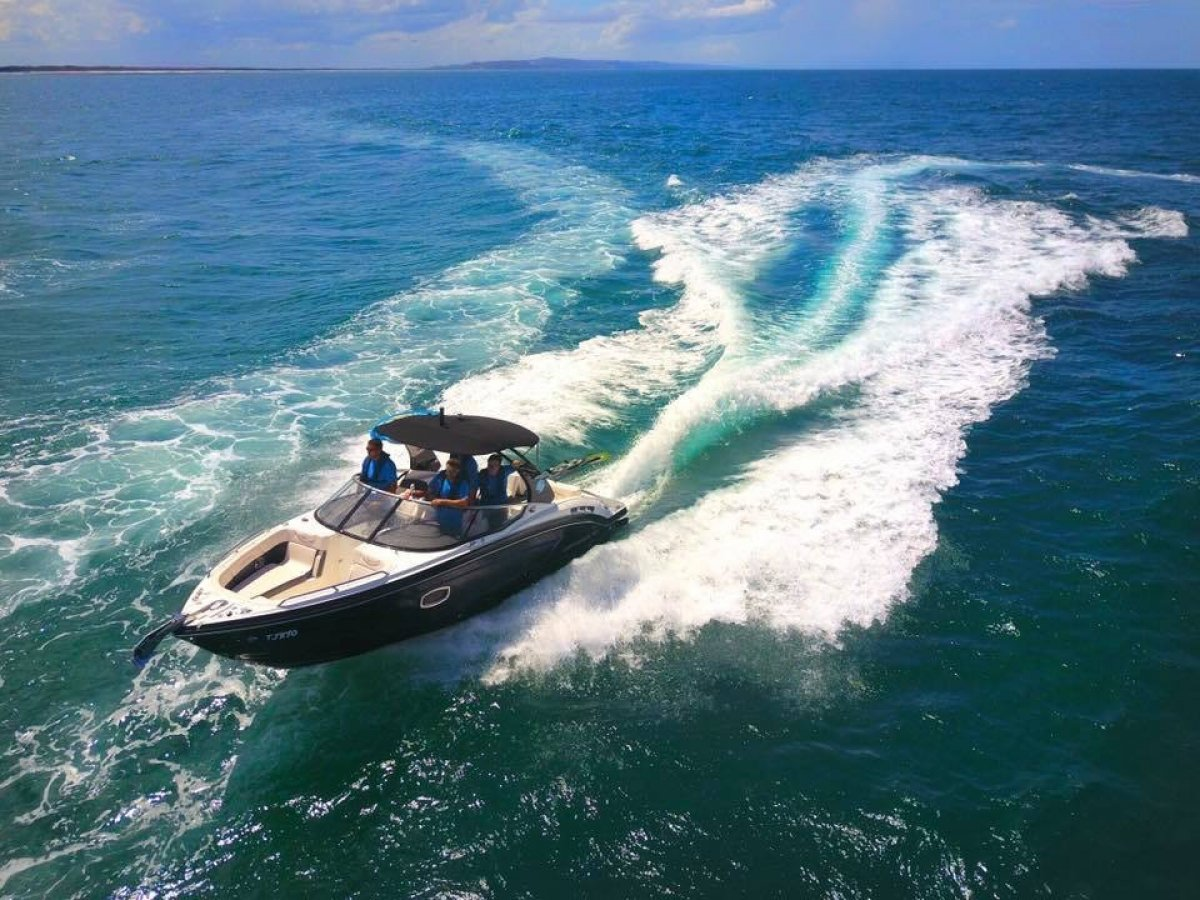 Chaparral 257 Surf