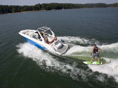 Chaparral 244 Surf