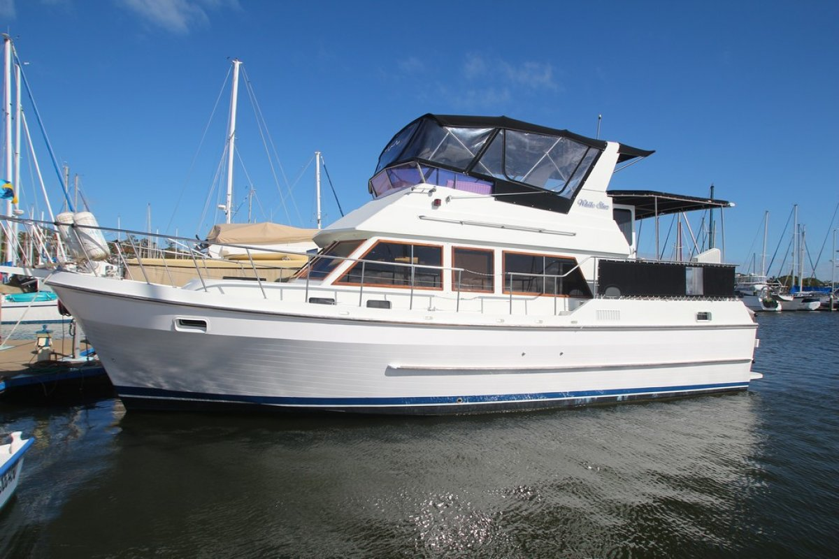 Panwel 42 Aft Cabin Motor Yacht