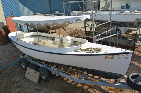 Debco 24 Electric Day Boat