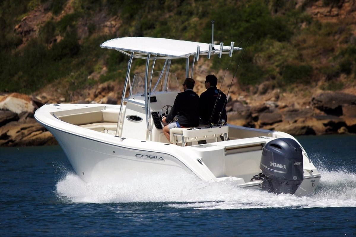 Cobia 201 Centre Console - New Boat In Stock - SOLD