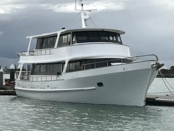 Luxury 60' Motor Cruiser