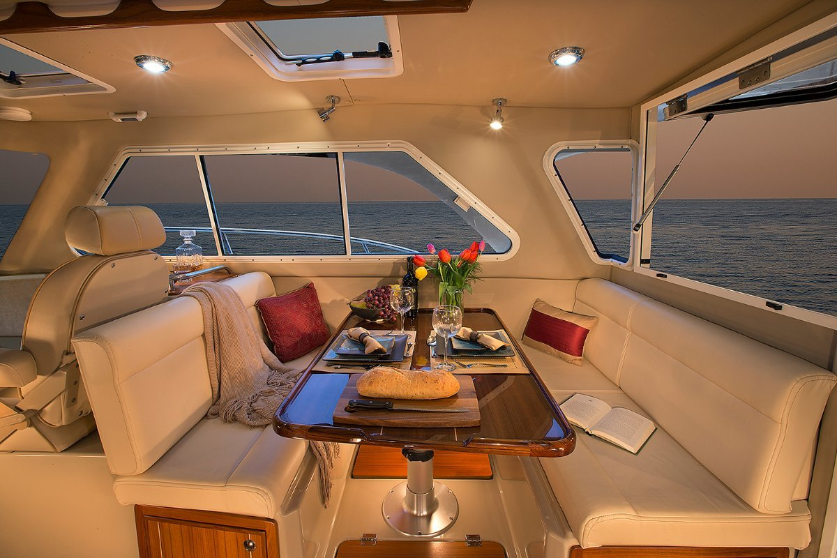 New Aspen Power Catamaran C90