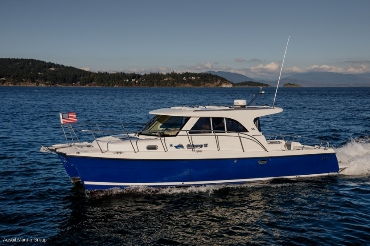 New Aspen Power Catamaran C100 C32 Escape