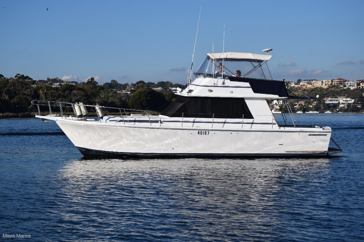 Randell 38 Flybridge Cruiser