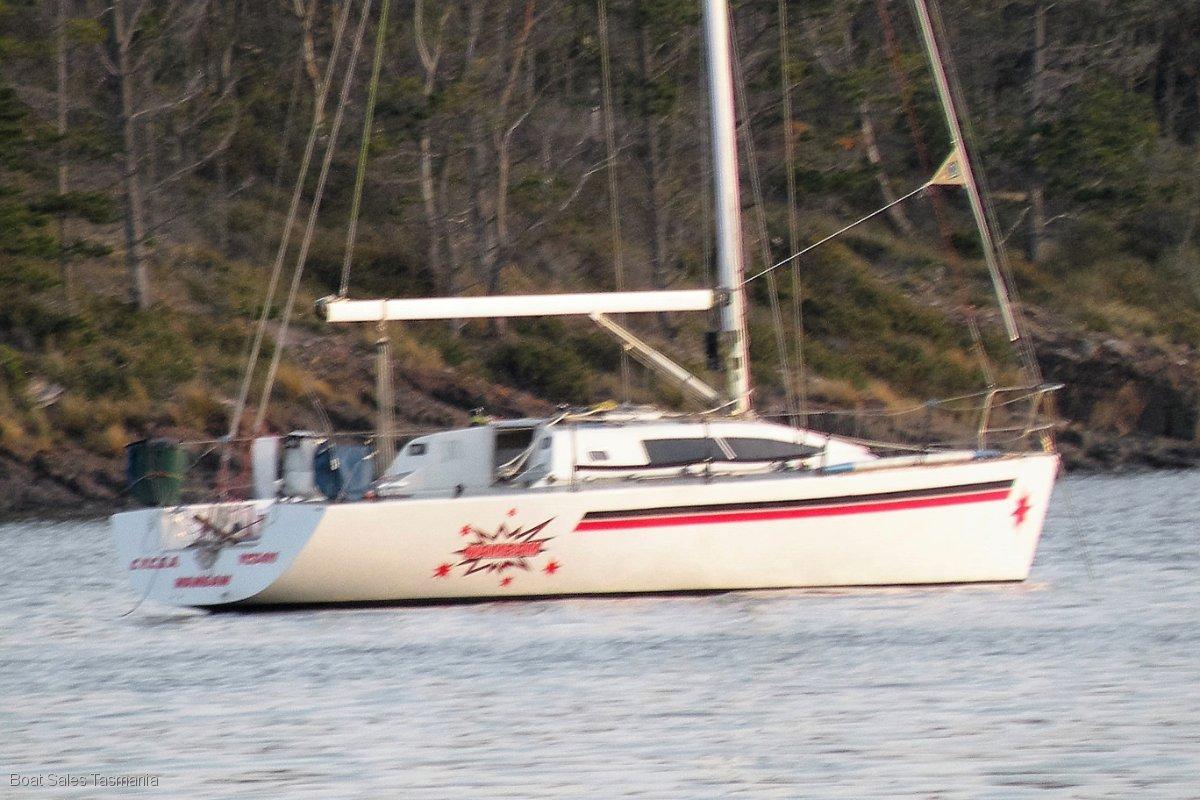 "Jarkan / Lyons 38 Racer/Cruiser ""Bellandean"""