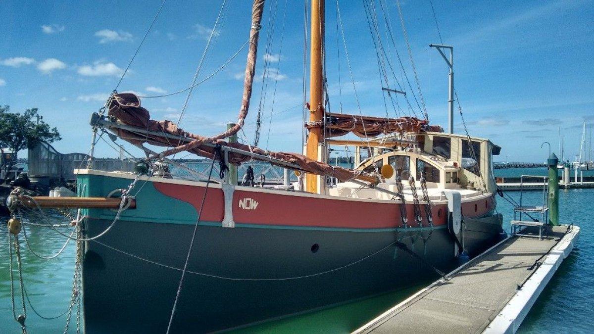 Underwood - Bootstrap Motor Sailer