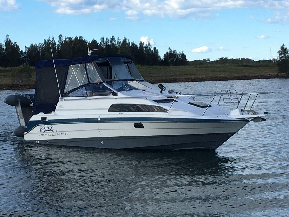 Bayliner 2655 Sports Cruiser