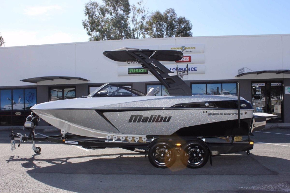 Malibu Wakesetter 20 Vtx + INDMAR MONSOON 410 WITH SALT PACKAGE
